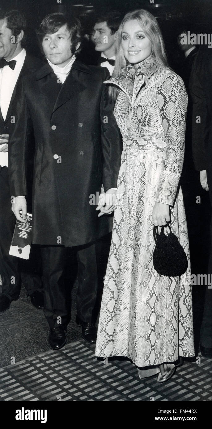 """Sharon Tate and Roman Polanski at the premiere of """"Rosemary's Baby"""",1969. File Reference #1027_014THA © JRC /The Hollywood Archive - All Rights Reserved. Stock Photo"""