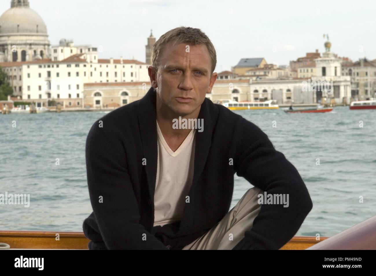 9575ed92f3 Casino Royale Daniel Craig Stock Photos & Casino Royale Daniel Craig ...