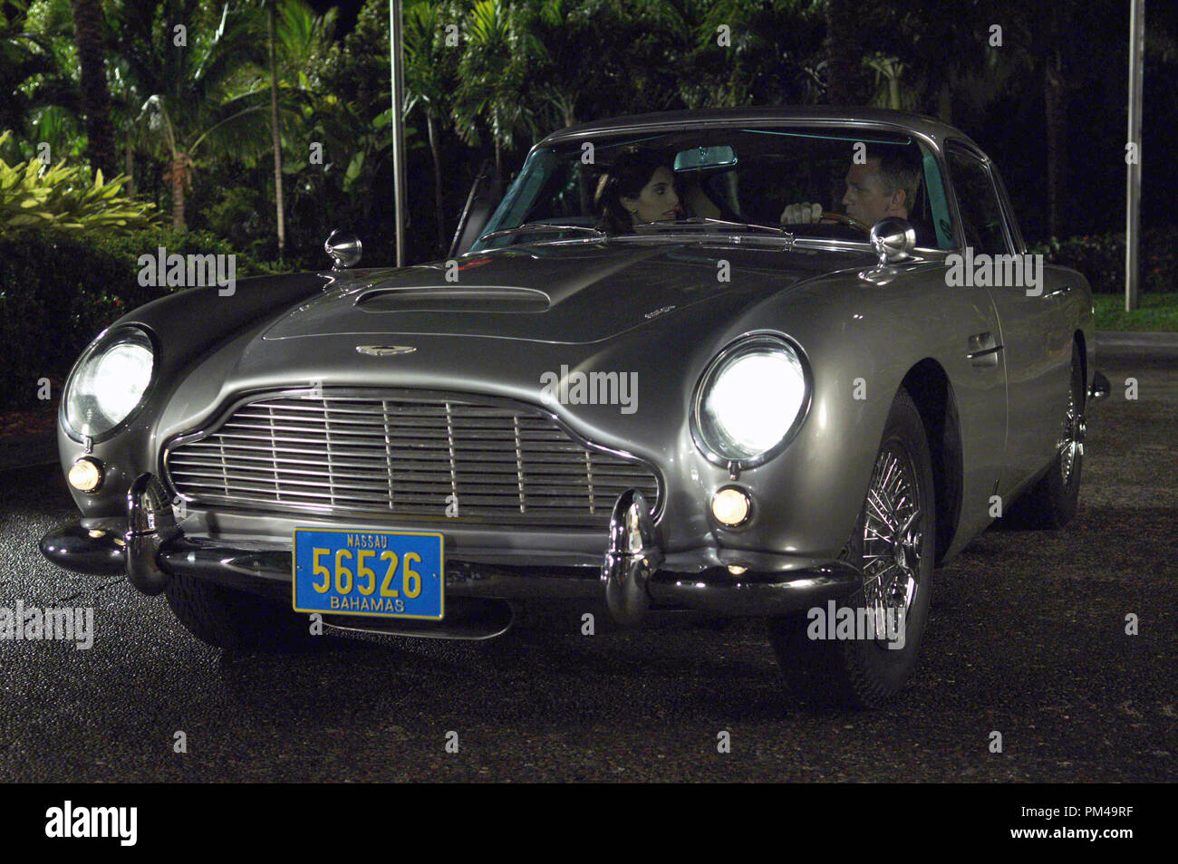 Daniel Craig Aston Martin High Resolution Stock Photography And Images Alamy
