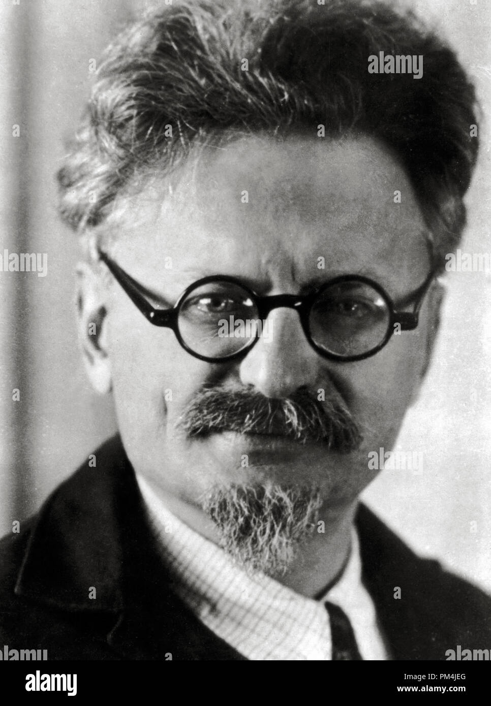 Portrait of Russian Revolutionary, political leader and author Leon Trotsky. Trotsky was one of the central leaders of the Russian Revolution, circa 1932   File Reference # 1003_690THA - Stock Image
