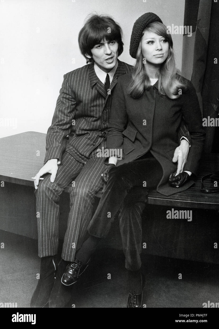 Newlyweds Beatle George Harrison and Pattie Boyd in London, January 21,1966. File Reference #1013_043 THA © JRC /The Hollywood Archive - All Rights Reserved. - Stock Image
