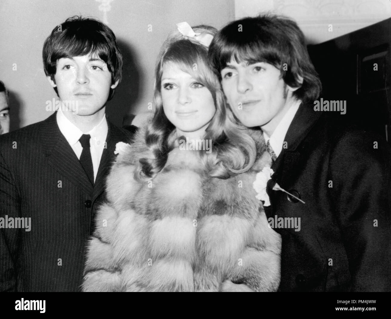 Beatle George Harrison with his new bride, Pattie Boyd.  Paul McCartney was the only other Beatle in attendance, Januray1966. File Reference #1013_073 THA © JRC /The Hollywood Archive - All Rights Reserved. - Stock Image