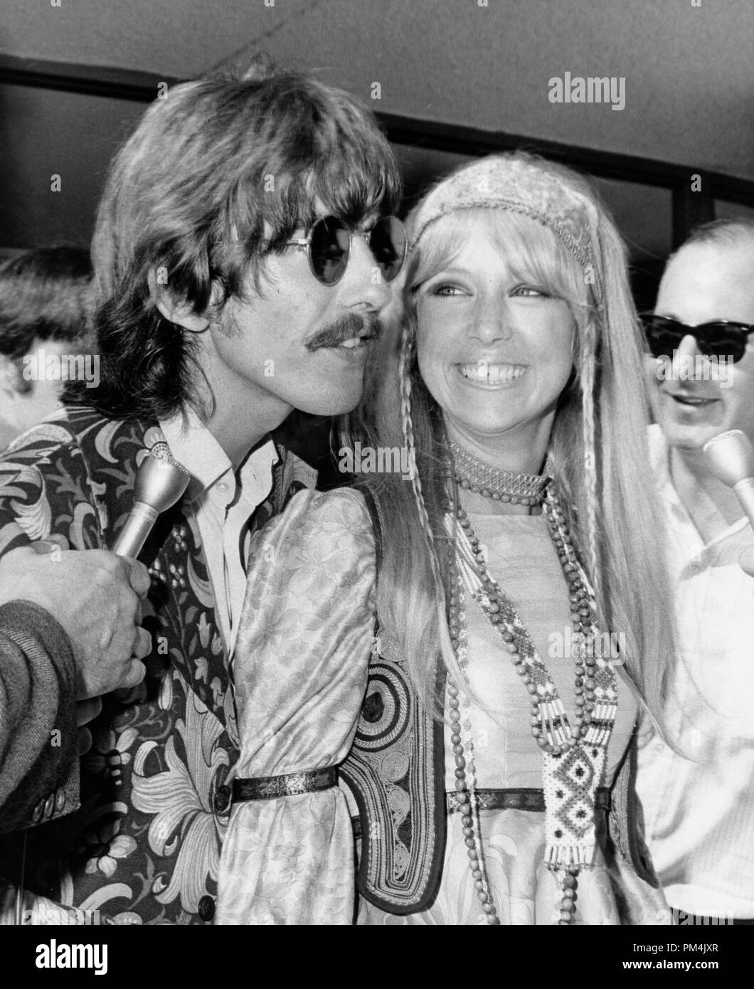 Beatle George Harrison and wife Pattie,1969. File Reference #1013_090 THA © JRC /The Hollywood Archive - All Rights Reserved. - Stock Image