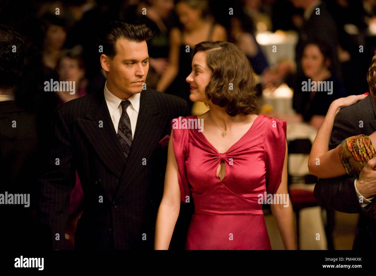 'Public Enemies' Johnny Depp and Marion Cotillard - Stock Image