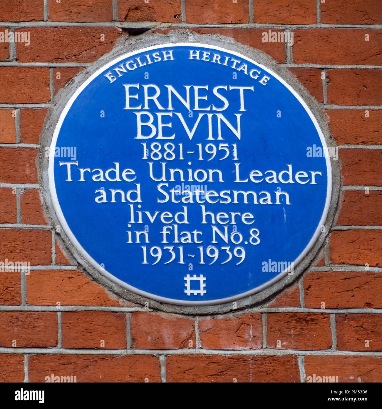 Blue Plaque Commemorating Ernest Bevin at 34 South Molton Street, London - Stock Image