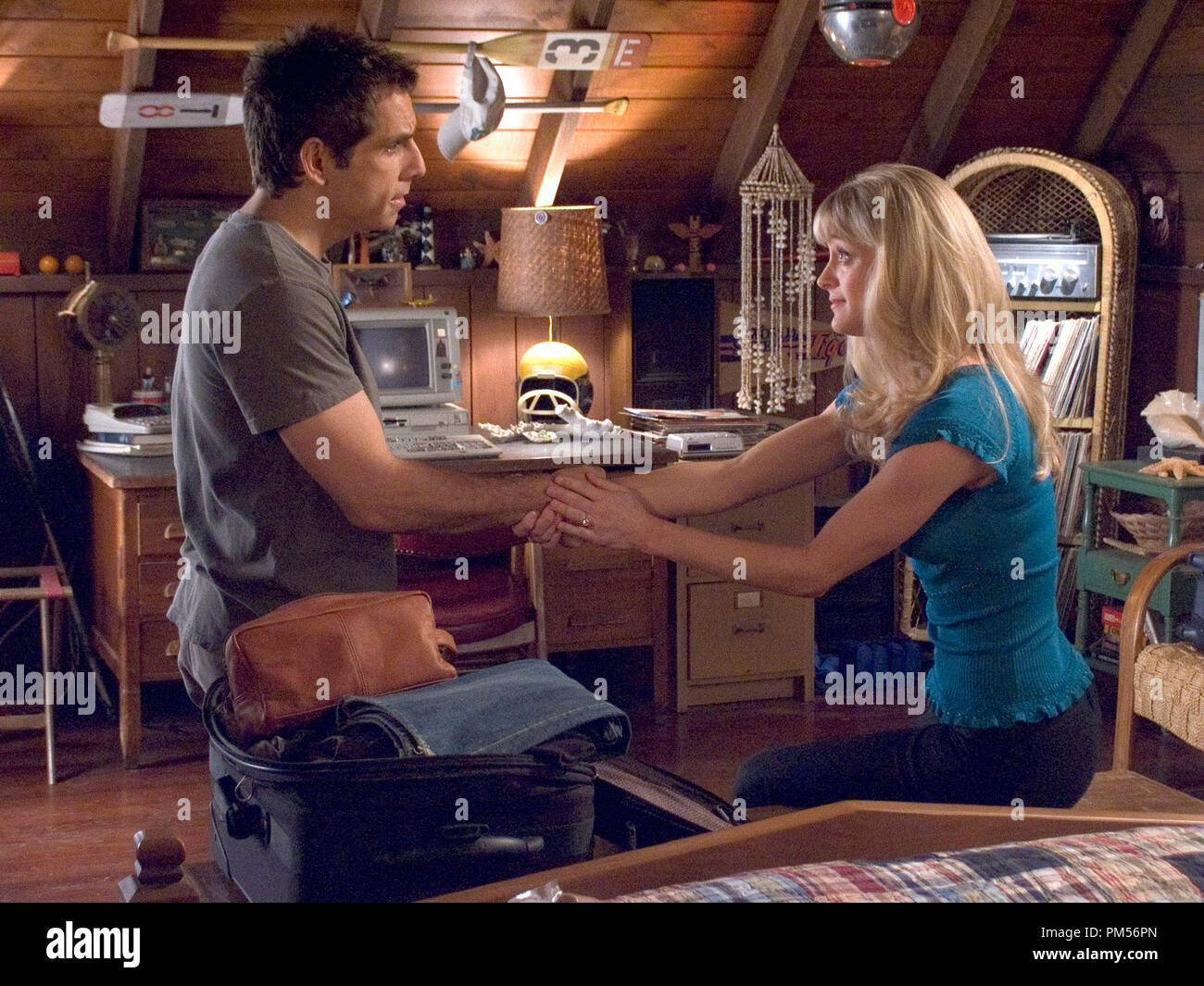 Film Still from 'Meet the Fockers' Ben Stiller, Teri Polo © 2004 Universal Pictures Photo Credit: Tracy Bennett File Reference # 307351309THA  For Editorial Use Only -  All Rights Reserved - Stock Image