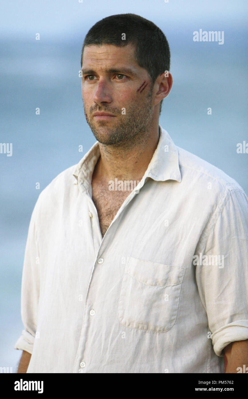 Studio Publicity Still from 'Lost' Matthew Fox 2004   File Reference # 307351549THA  For Editorial Use Only -  All Rights Reserved - Stock Image