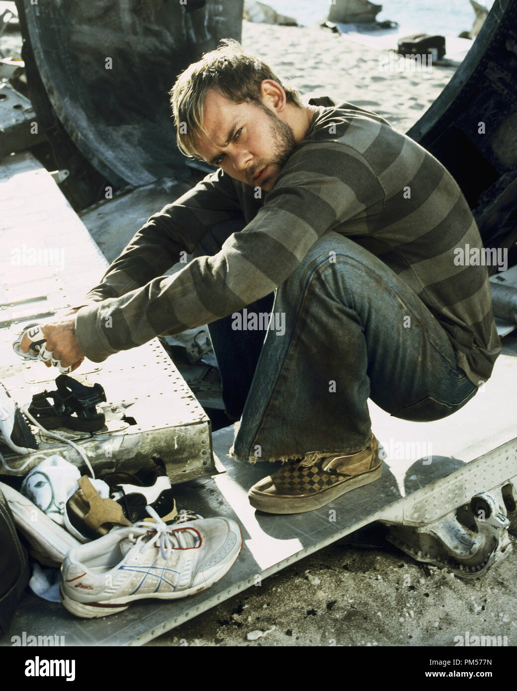 Studio Publicity Still from 'Lost' Dominic Monaghan 2004   File Reference # 307351590THA  For Editorial Use Only -  All Rights Reserved - Stock Image