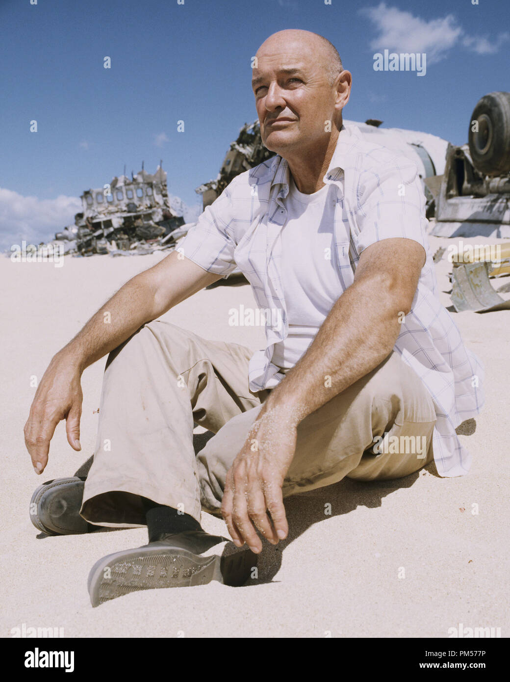 Studio Publicity Still from 'Lost' Terry O'Quinn 2004   File Reference # 307351591THA  For Editorial Use Only -  All Rights Reserved - Stock Image