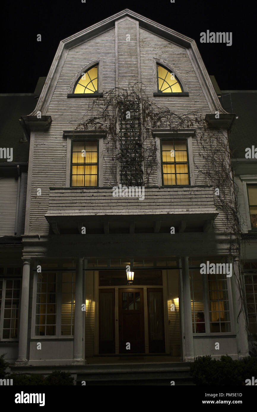 Amityville House High Resolution Stock Photography And Images Alamy