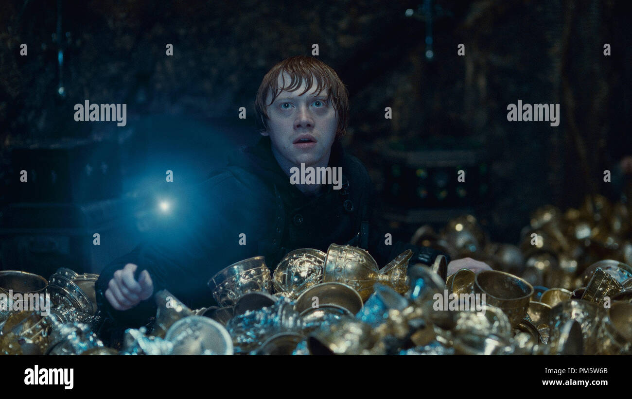 """RUPERT GRINT as Ron Weasley in Warner Bros. Pictures' fantasy adventure """"HARRY POTTER AND THE DEATHLY HALLOWS – PART 2,"""" a Warner Bros. Pictures release. - Stock Image"""