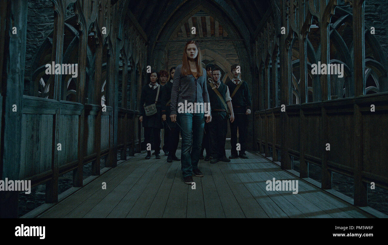 """(Front and center) BONNIE WRIGHT AS Ginny Weasley in Warner Bros. Pictures' fantasy adventure """"HARRY POTTER AND THE DEATHLY HALLOWS – PART 2,"""" a Warner Bros. Pictures release. - Stock Image"""