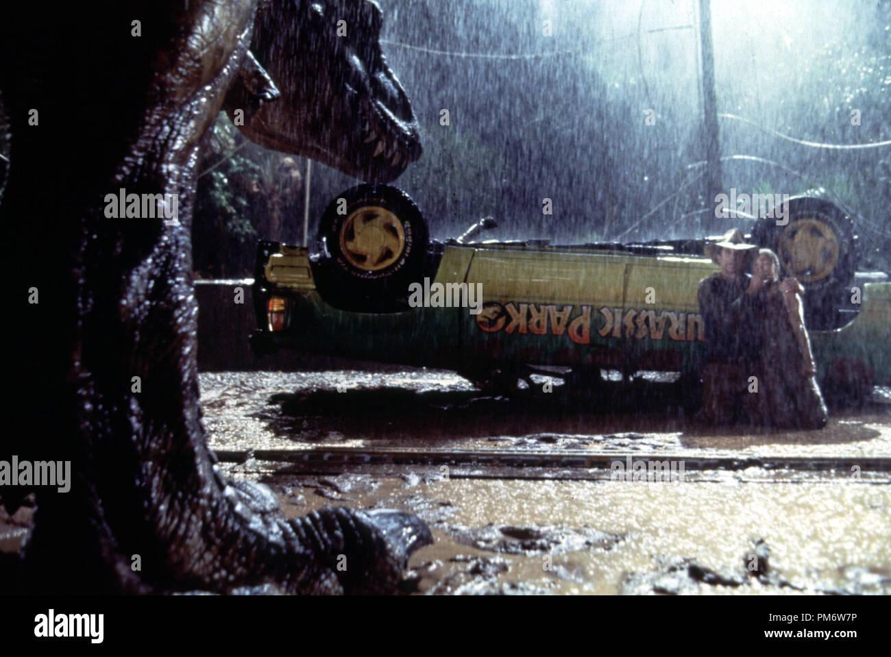 Film Still from 'Jurassic Park'  Sam Neill, Ariana Richards © 1993 Universal  Photo Credit: Murray Close - Stock Image