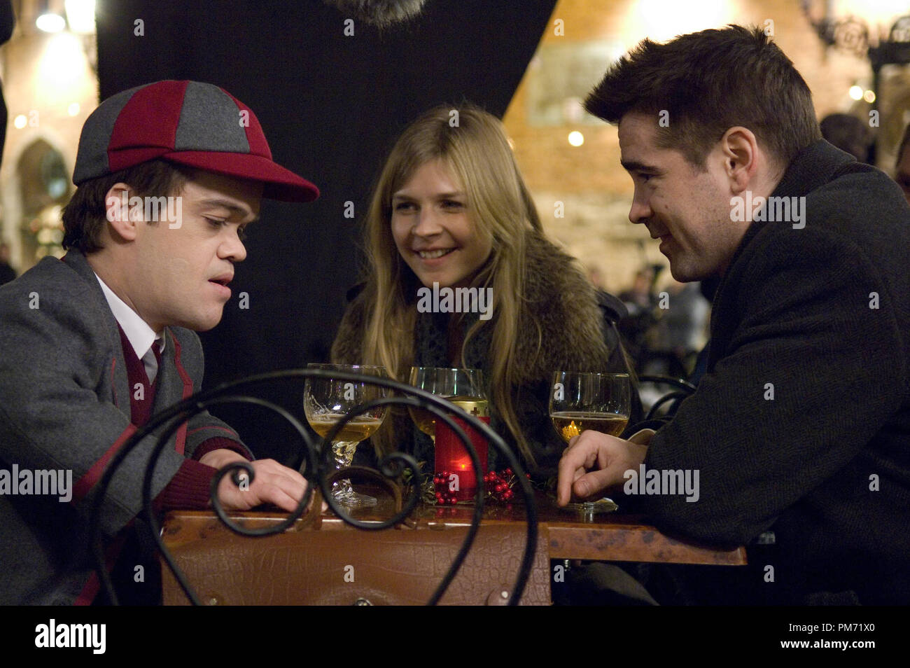 Film Still from 'In Bruges' Jordan Prentice, Clemence Poesy, Colin Farrell © 2008 Focus Features Photo credit: Jaap Buitendijk  File Reference # 30755252THA  For Editorial Use Only -  All Rights Reserved - Stock Image