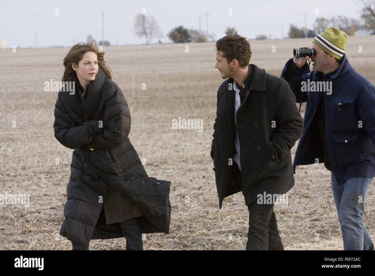 """Film Still from """"Eagle Eye"""" Michelle Monaghan, Shia LaBeouf, director D.J. Caruso © 2008 Dream Works Photo Credit: Ralph Nelson   File Reference # 30755480THA  For Editorial Use Only -  All Rights Reserved Stock Photo"""