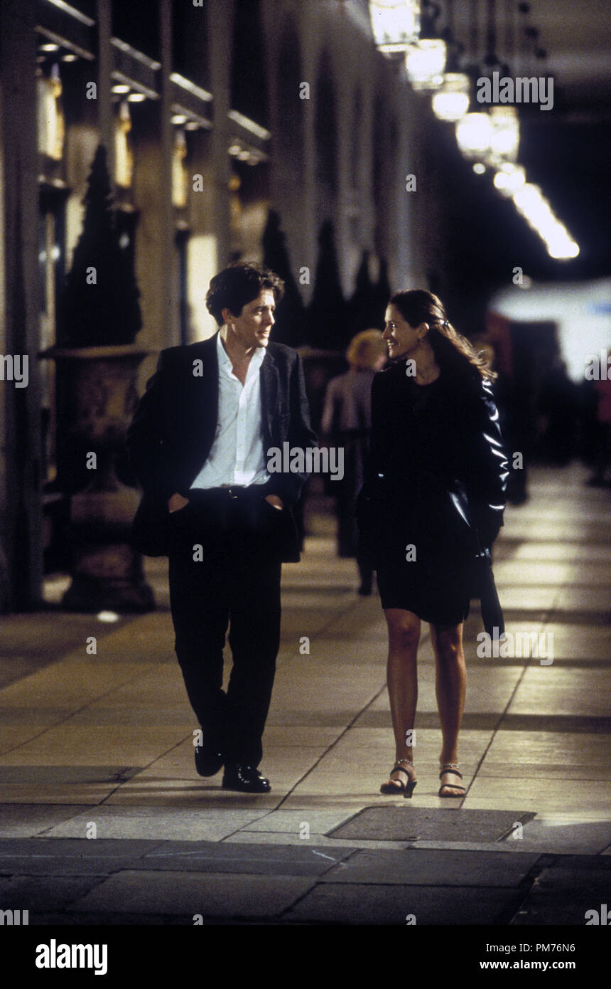 Film Still / Publicity Still from 'Notting Hill' Hugh Grant, Julia Roberts © 1999 Universal Photo Credit: Clive Coote   File Reference # 30973485THA  For Editorial Use Only -  All Rights Reserved - Stock Image