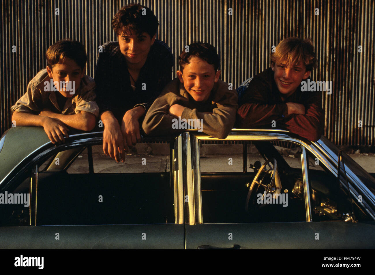 Film Still From Sleepers Geoffrey Wigdor Joseph Perrino Jonathan Tucker Brad Renfro C 1996 Warner Brothers Photo Credit Brian Hamill File Reference 31042250tha For Editorial Use Only All Rights Reserved Stock Photo Alamy