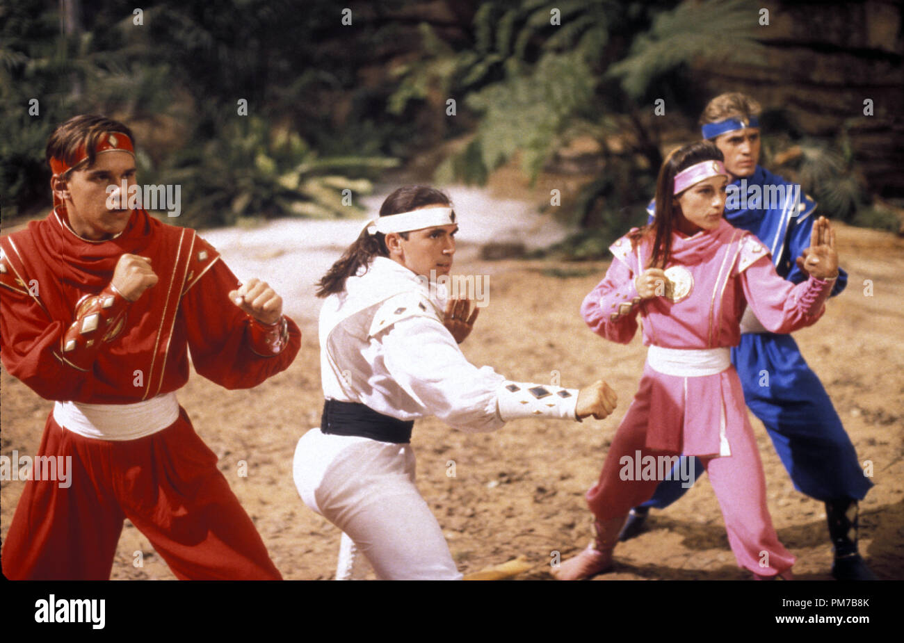 Film Still from 'Mighty Morphin Power Rangers: The Movie' Steve Cardenas, Jason David Frank, Amy Jo Johnson, David Yost © 1995 20th Century Fox Photo Credit: Marc Vignes  File Reference # 31043211THA  For Editorial Use Only - All Rights Reserved - Stock Image