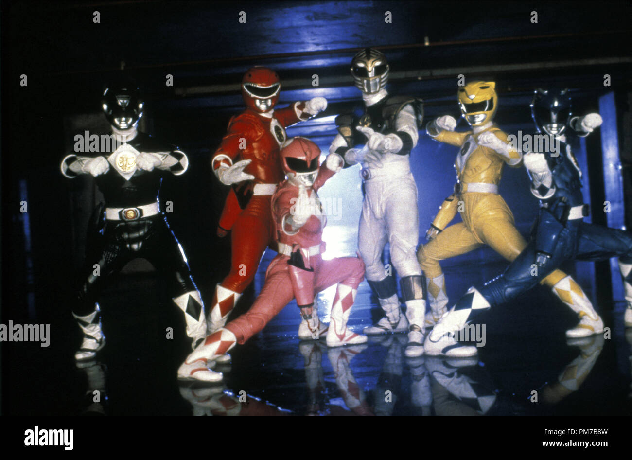 Film Still from 'Mighty Morphin Power Rangers: The Movie' Johnny Yong Bosch, Steve Cardenas, Amy Jo Johnson, Jason David Frank, Karan Ashley, David Yost © 1995 20th Century Fox Photo Credit: Marc Vignes  File Reference # 31043214THA  For Editorial Use Only - All Rights Reserved - Stock Image