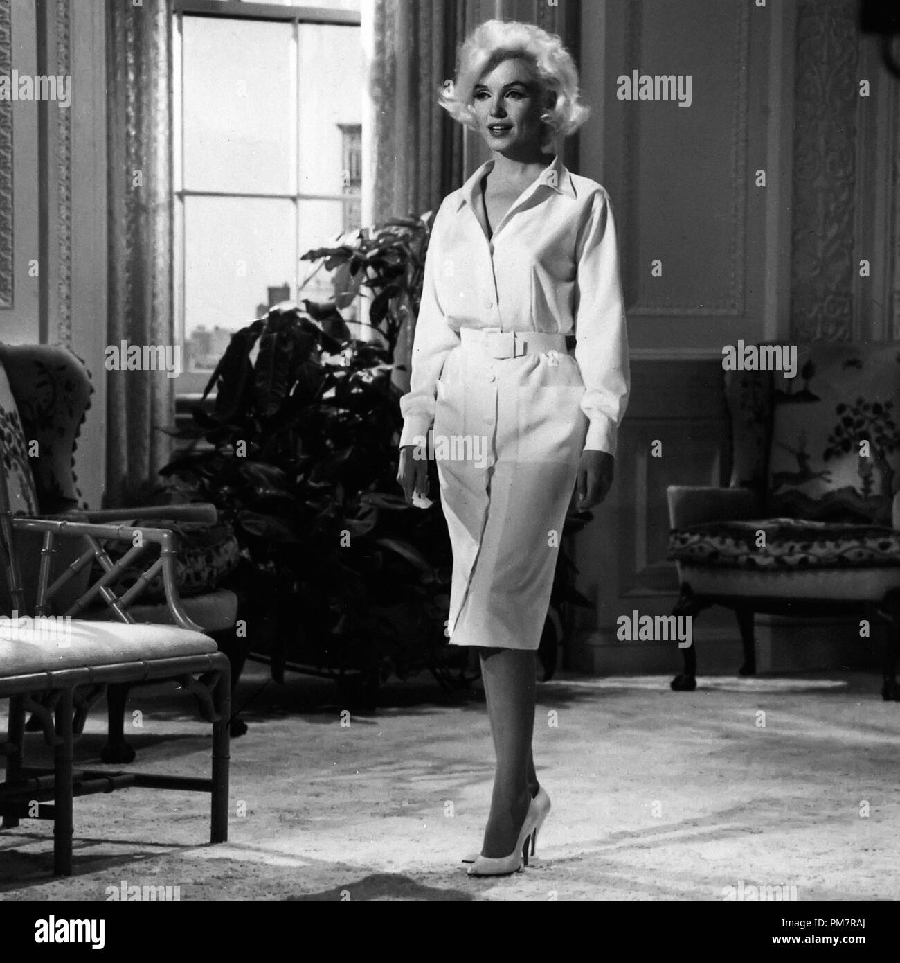 """Studio Publicity Still: """"Something's Got To Give"""" Marilyn Monroe ..."""