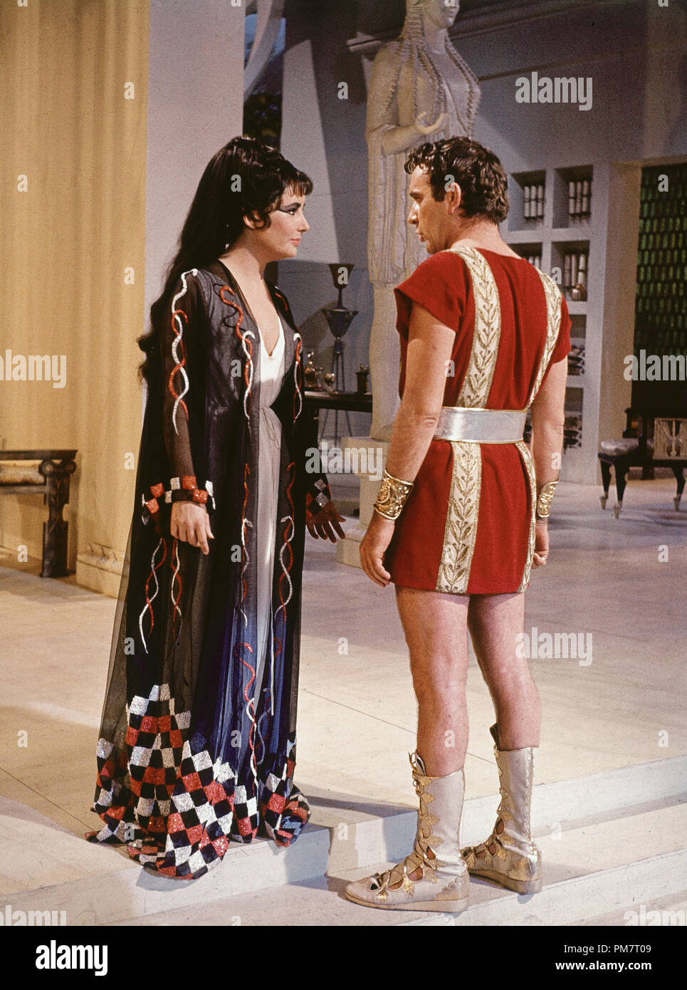 Elizabeth Taylor And Richard Burton Cleopatra 1963 20th Century Fox File Reference 31386 496 Stock Photo Alamy