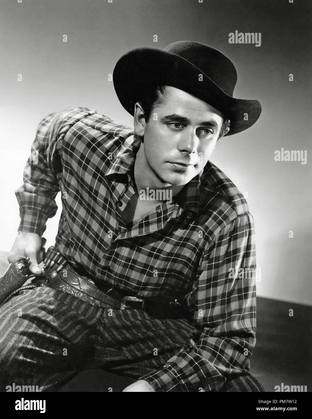 Glenn Ford, 'The Desperadoes' 1943 Columbia  File Reference # 31386_848 - Stock Image