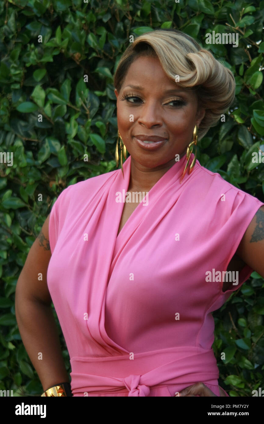 Mary J. Blige 'Rock of Ages'  Portrait Session, June 8, 2012.  Reproduction by American tabloids is absolutely forbidden. File Reference # 31545_073JRC  For Editorial Use Only -  All Rights Reserved - Stock Image