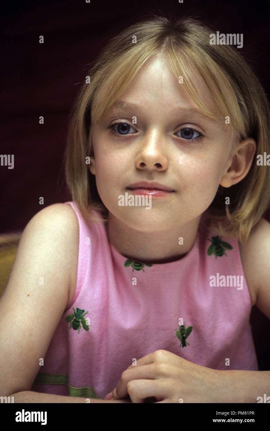 Dakota Fanning, 2003. Reproduction by American tabloids is absolutely forbidden. © JRC /The Hollywood Archive  -  All Rights Reserved  File Reference # 31315_032 - Stock Image