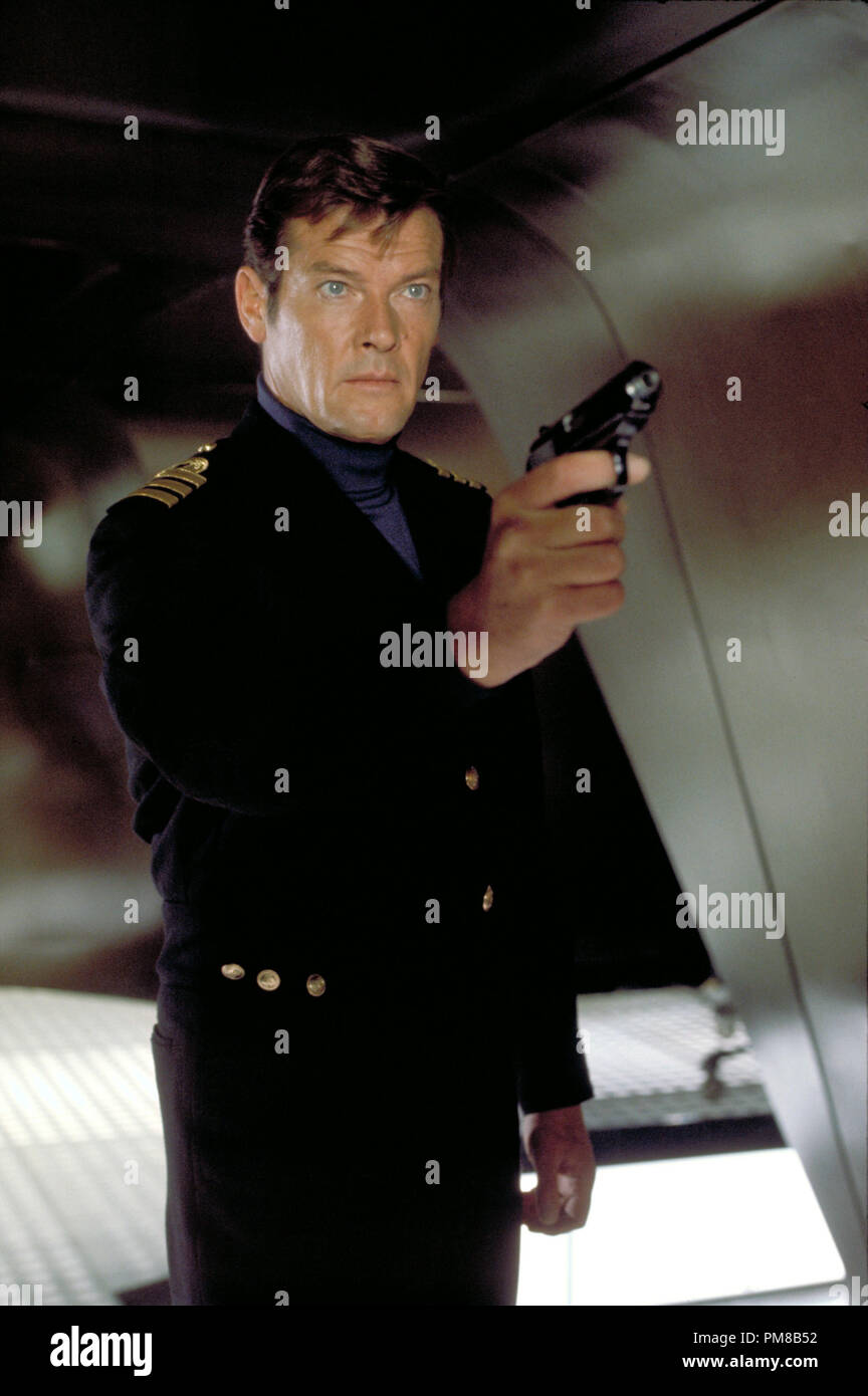 Studio Publicity Still: 'The Spy Who Loved Me'  Roger Moore  1977 UA File Reference # 31781_191 - Stock Image
