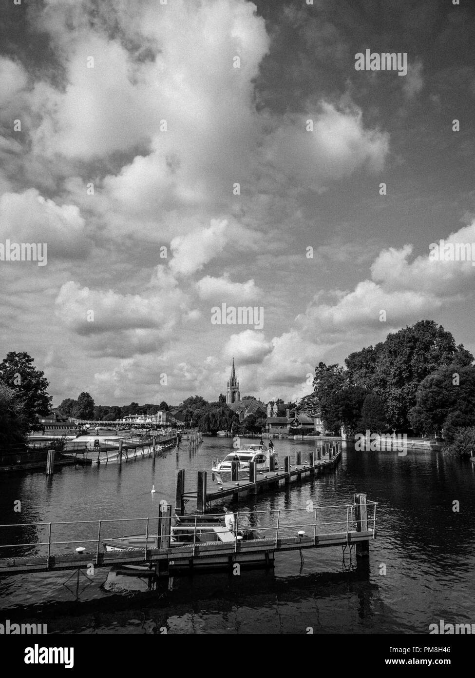 River Thames at Marlow,With Marlow Bridge and All Saints Church,  Buckinghamshire, England, UK, GB. - Stock Image