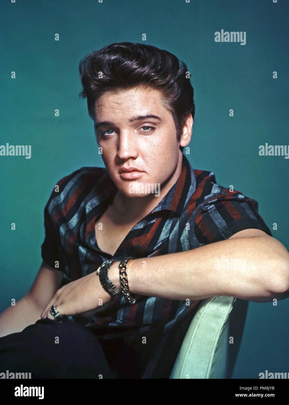 (Archival Classic Cinema - Elvis Presley Retrospective) Elvis Presley, circa 1957.  File Reference # 31616_067THA - Stock Image