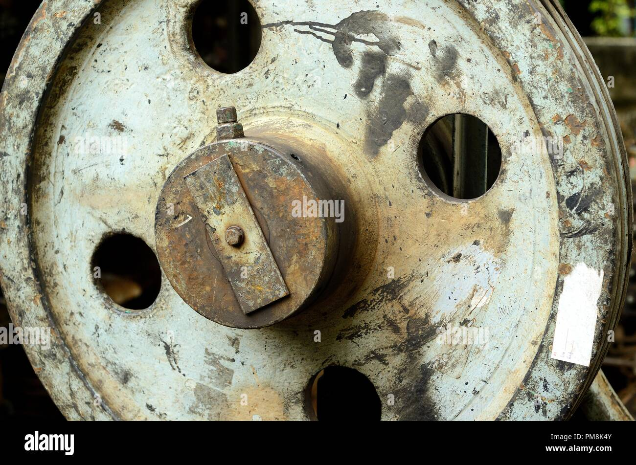 Pulley Wheel Stock Photos & Pulley Wheel Stock Images - Alamy
