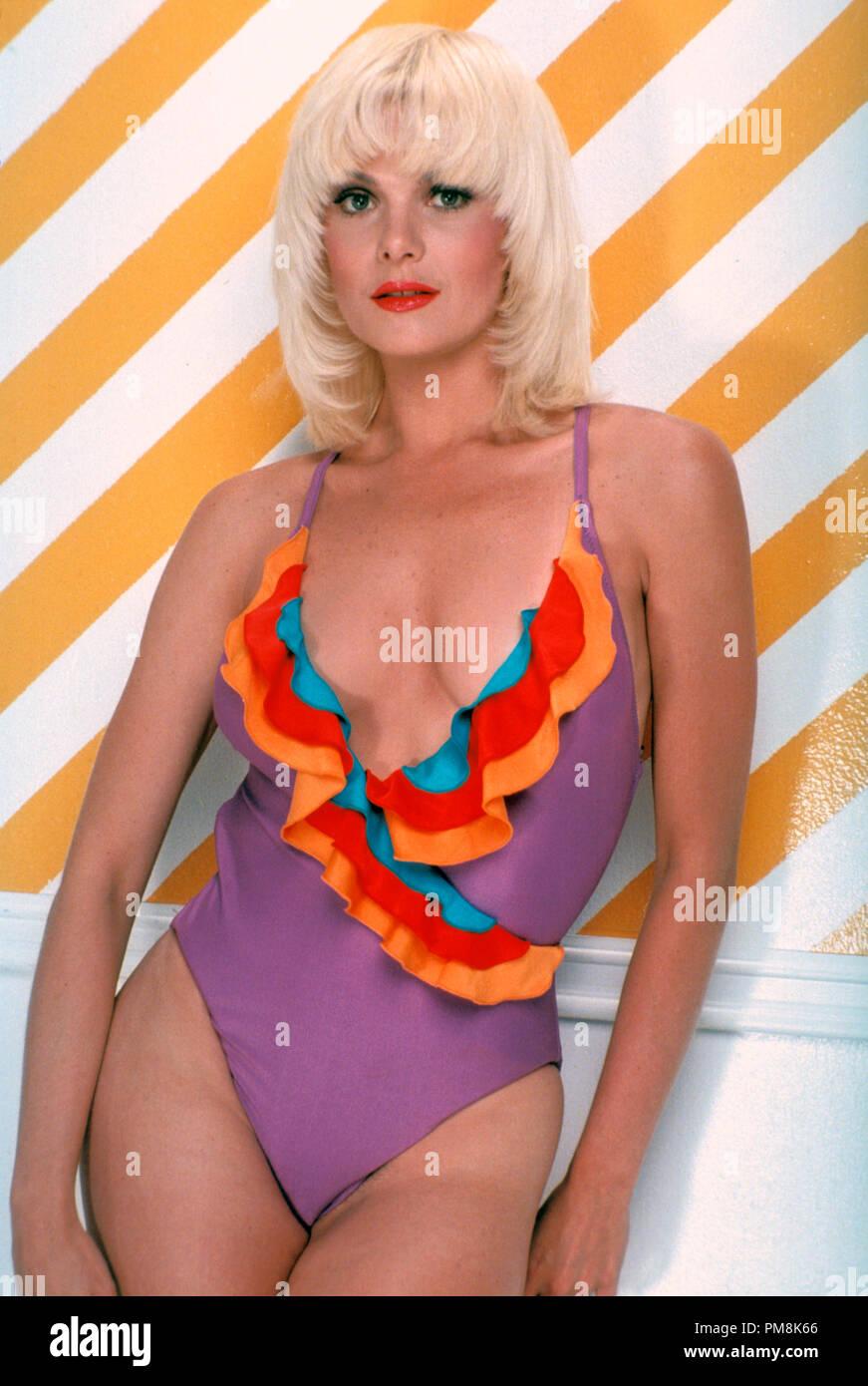 Cleavage Bennye Gatteys nudes (49 fotos) Tits, YouTube, bra