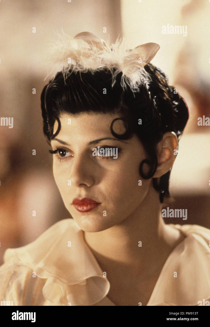 Film still or Publicity still from 'Oscar' Marisa Tomei © 1991 Touchstone Pictures Photo Credit: Sam Emerson   All Rights Reserved   File Reference # 31527068THA  For Editorial Use Only - Stock Image