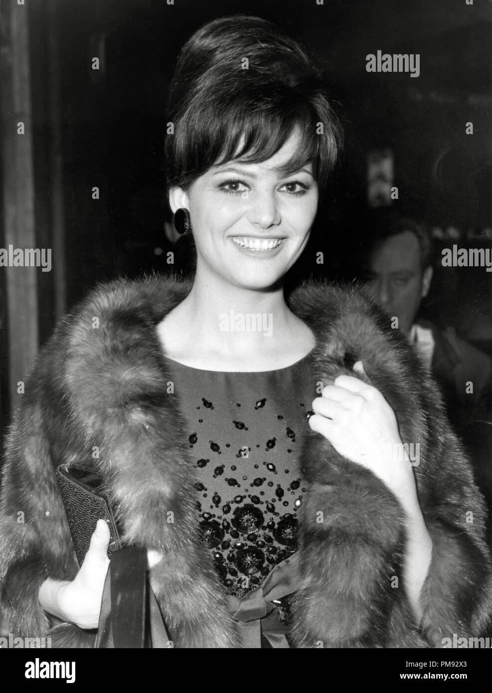 Claudia Cardinale, circa 1966. File Reference # 31537_333 - Stock Image