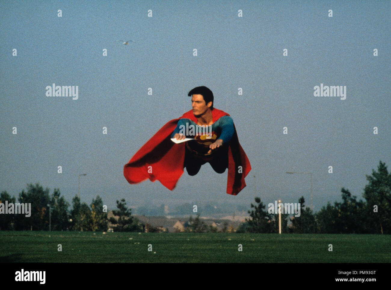 CHRISTOPHER REEVE  FORMAT PHOTO SUPERMAN IV 11X15 CM  # 1