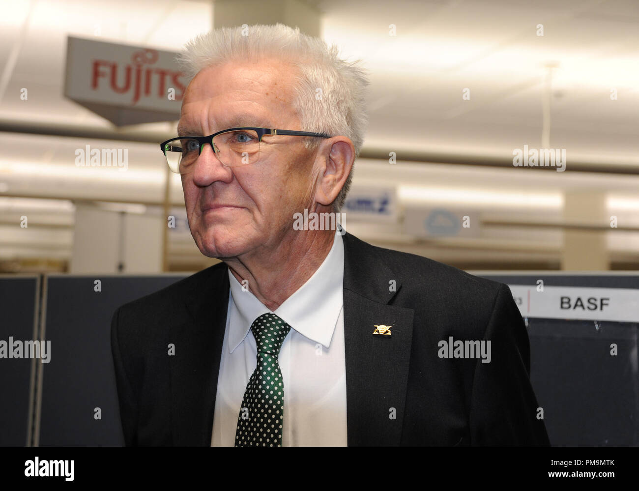 Silicon Valley, USA. 17th Sep, 2018. Baden-Württemberg's Prime Minister Winfried Kretschmann (Bündnis90/Die Grünen) visits the company 'Plug and Play' in Silicon Valley in California. Credit: Nico Pointer/dpa/Alamy Live News - Stock Image