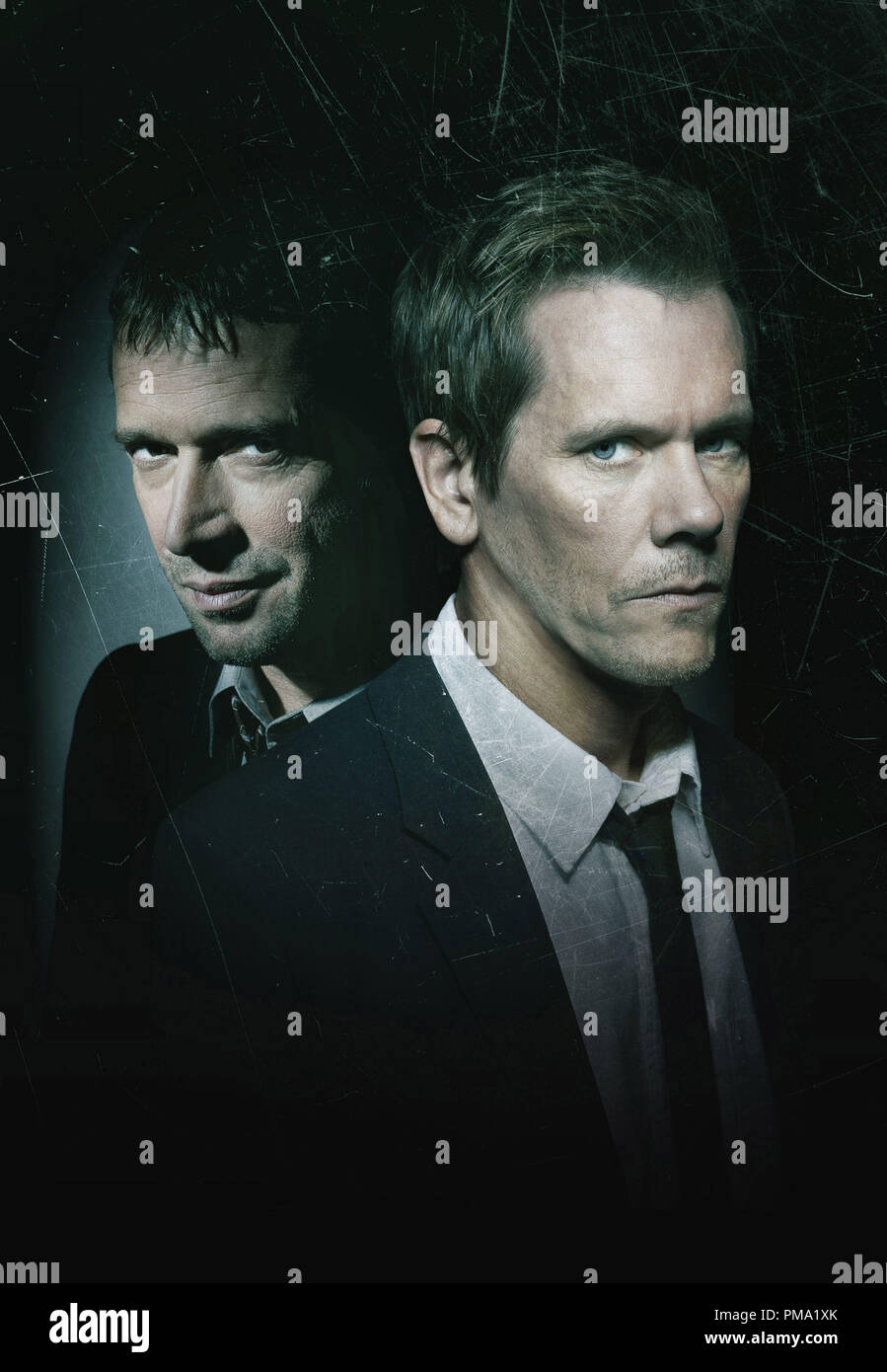 THE FOLLOWING: A fast-paced psychological thriller that follows a former FBI agent Ryan Hardy (Kevin Bacon, R) who is called out of retirement to track down a devious and diabolical serial killer (James Purefoy, L), who is the mastermind behind an ever-growing web of killers in the new drama THE FOLLOWING premiering on FOX.  CR: Michael Lavine/FOX - Stock Image