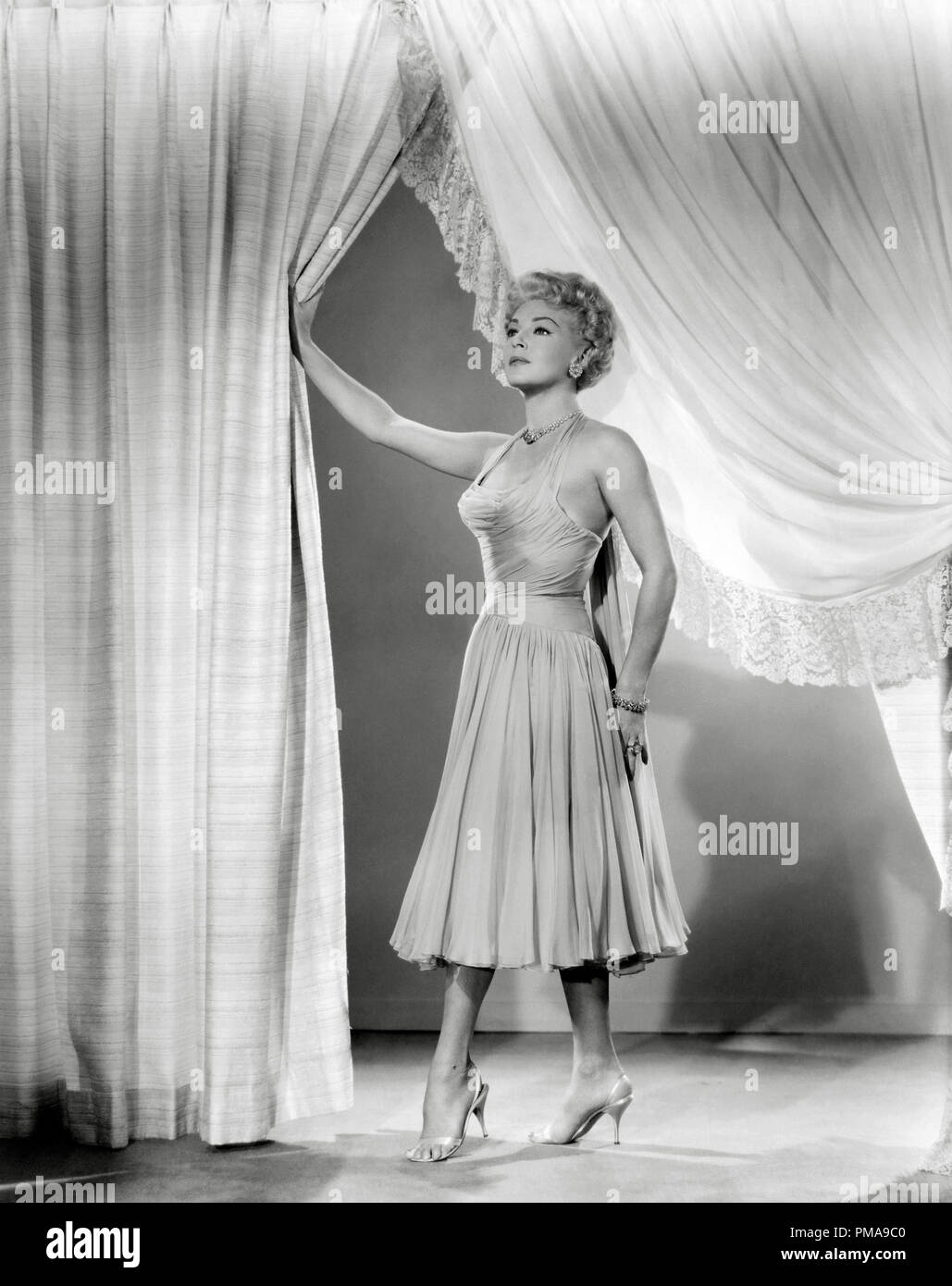 Imitation of Life (1959) - Photo Gallery - IMDb