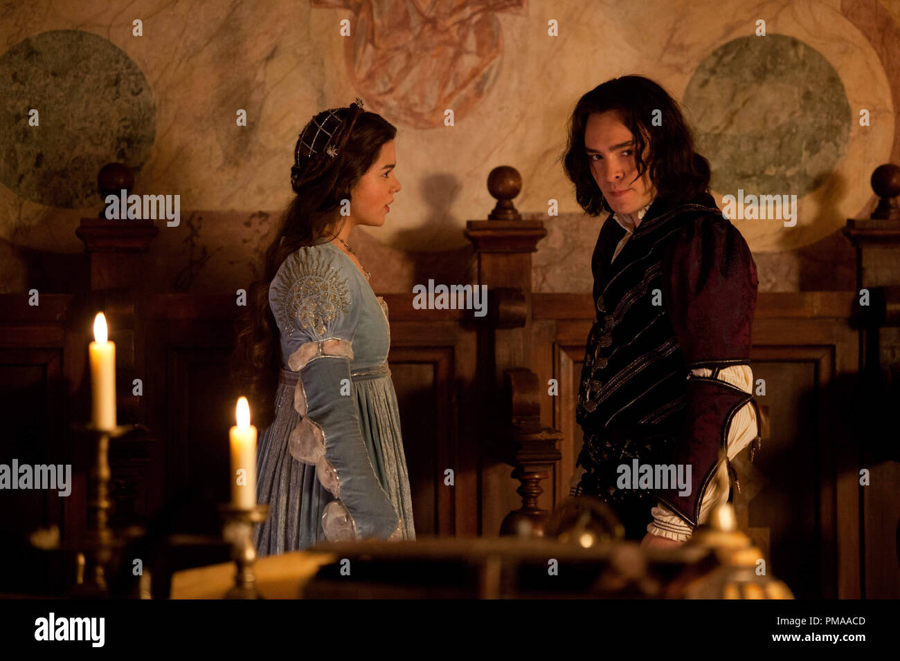 Hailee Steinfeld and Ed Westwick in 'ROMEO AND JULIET'. - Stock Image