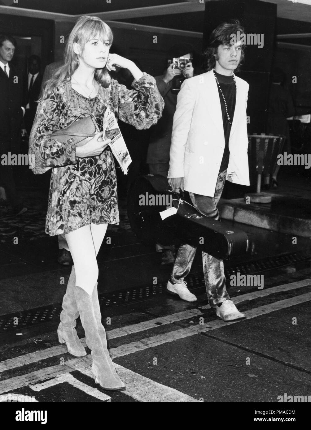 Mick Jagger, of The Rolling Stones, and Marianne Faithfull circa 1970 © JRC /The Hollywood Archive - All Rights Reserved  File Reference # 32368_165THA - Stock Image