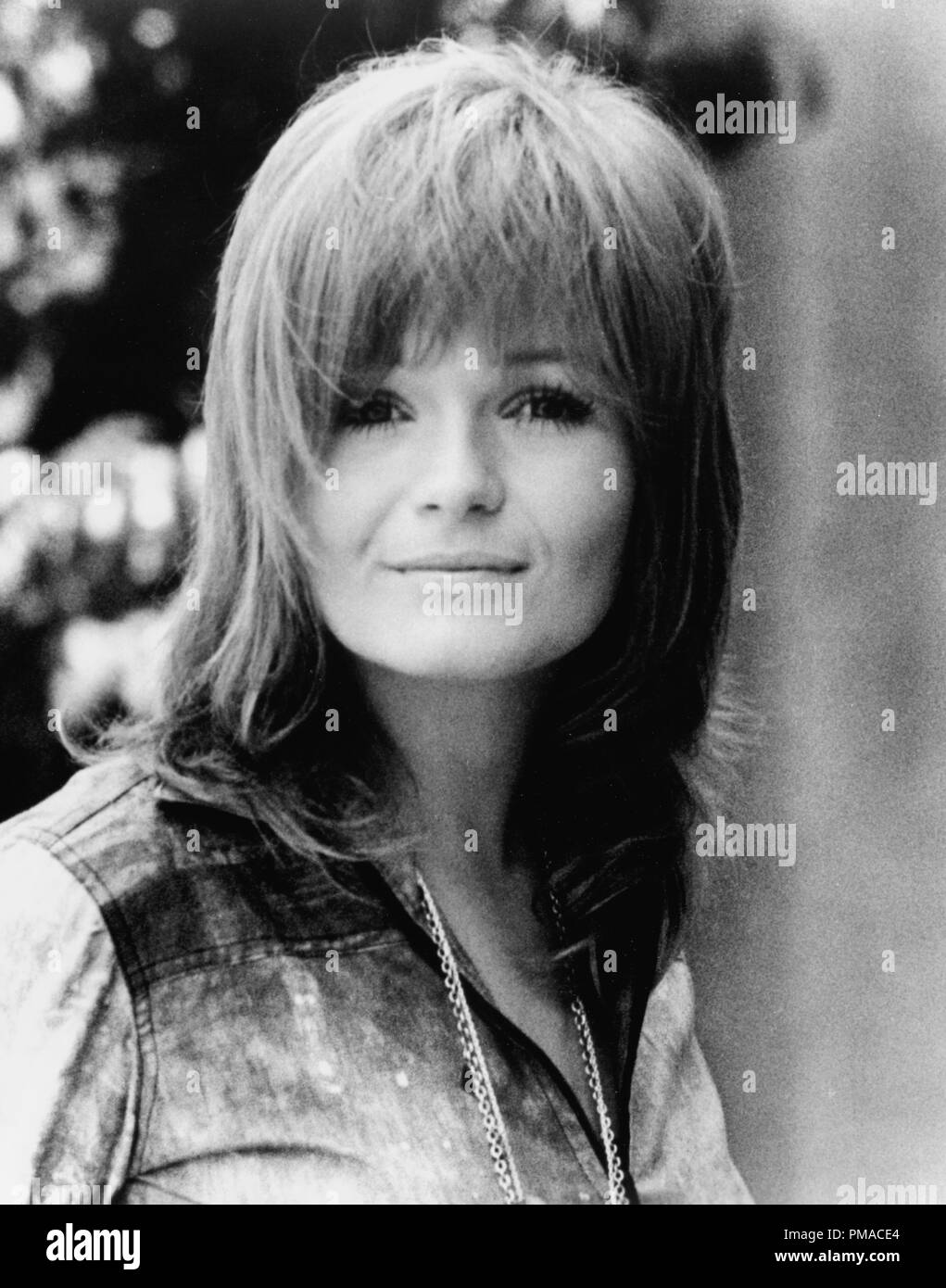 Valerie Perrine High Resolution Stock Photography and