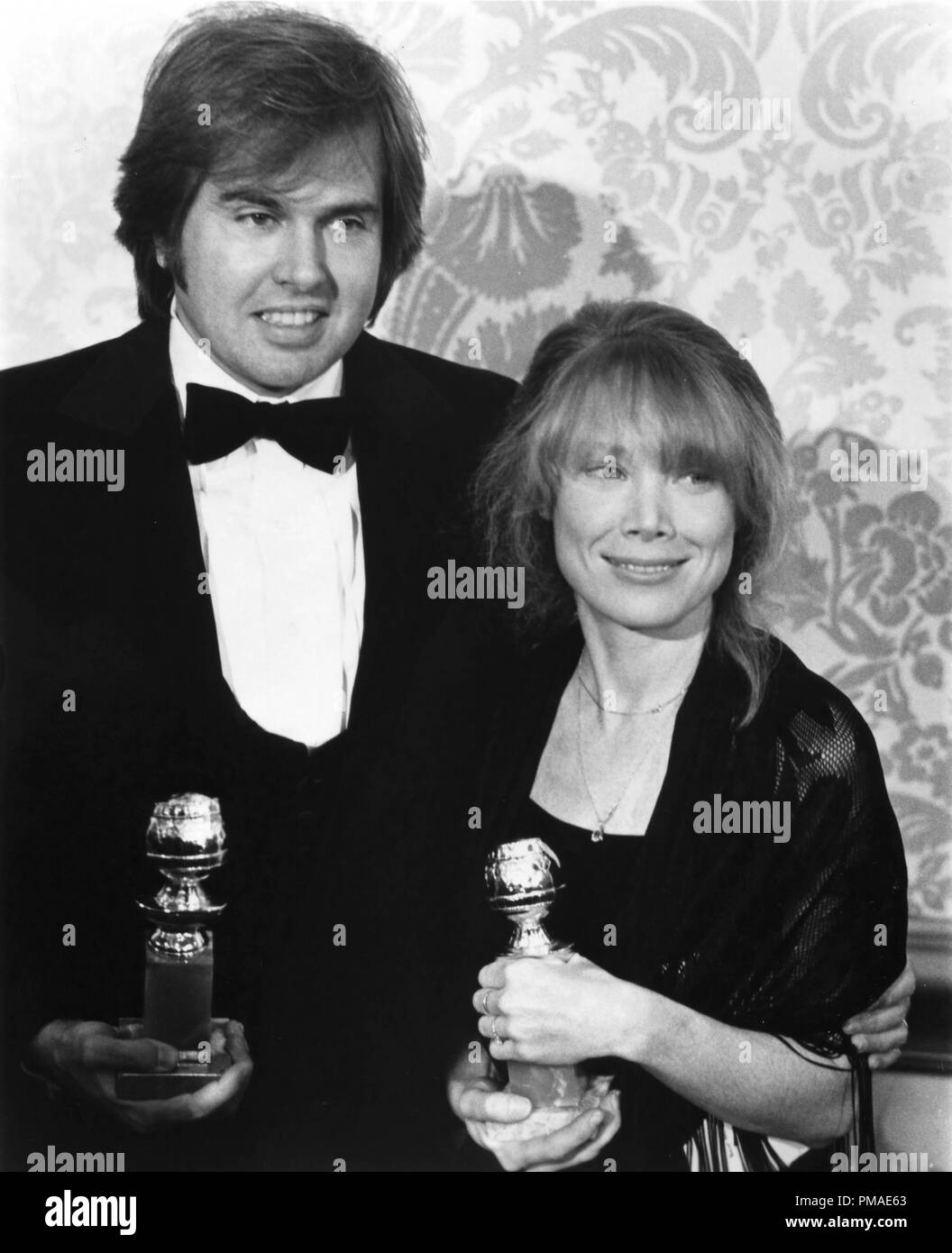 Paul Le Mat High Resolution Stock Photography And Images Alamy Classe 1945, paul le mat nasce a rahway negli stati uniti in new jersey. https www alamy com paul le mat sissy spacek at the 38th annual golden globe awards 1981 file reference 32509 606tha image219048203 html