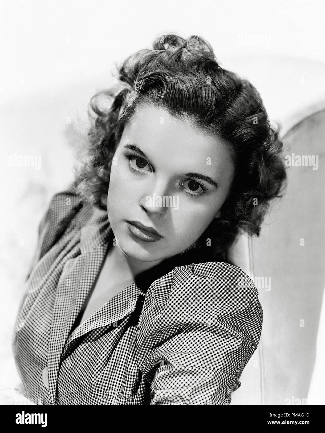 Judy Garland Circa 1940 File Reference 32633 919tha Stock Photo Alamy