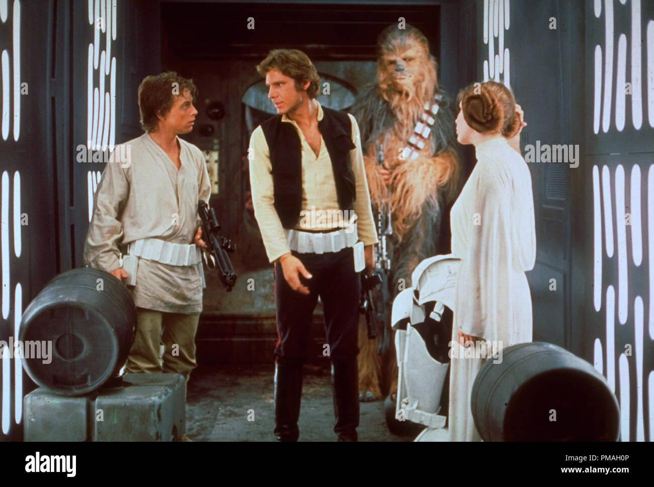 Mark Hamill, Harrison Ford,  Peter Mayhew and Carrie Fisher, 'Star Wars Episode IV: A New Hope' 1977  Lucasfilm Ltd.  File Reference # 32733_355THA - Stock Image