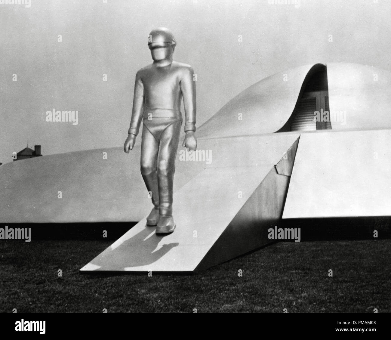 The Day The Earth Stood Still High Resolution Stock Photography and Images  - Alamy