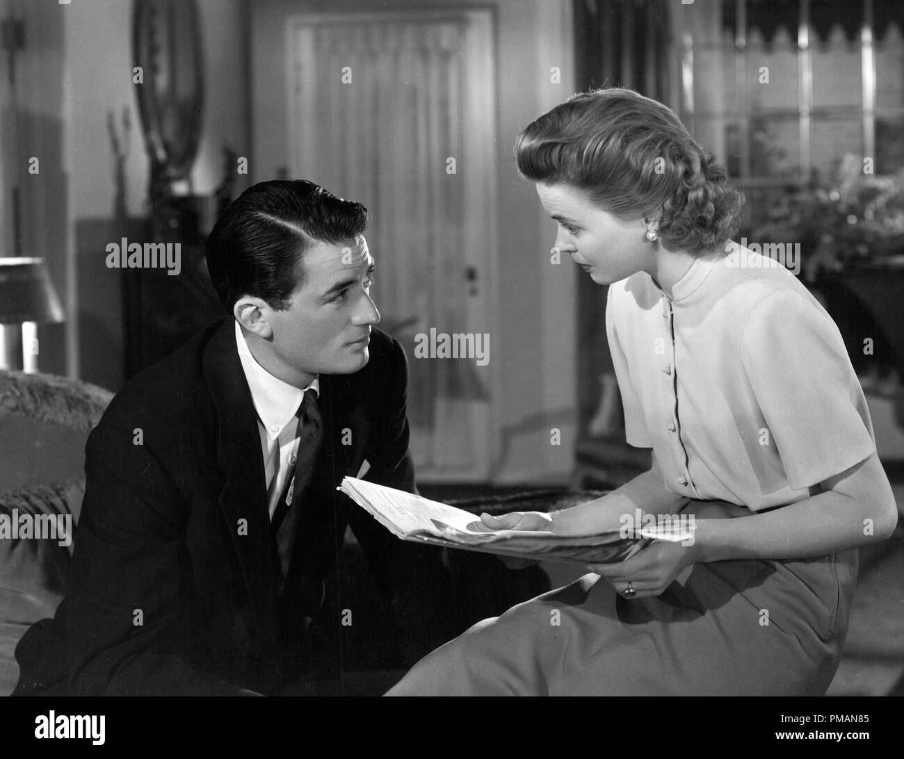 Film Stillpublicity Still Of Gentlemans Agreement Gregory Peck