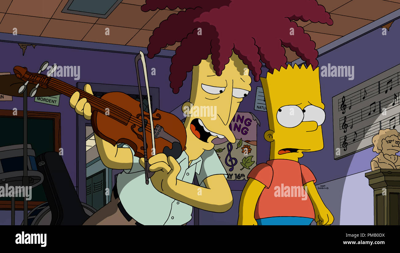 """THE SIMPSONS:  In the annual fright fest Halloween episode, Sideshow Bob finally kills Bart, only to reanimate him in the all-new """"Treehouse of Horror XXVI"""" episode of THE SIMPSONS airing  on FOX. © 2015 TCFFC ALL RIGHTS RESERVED. Stock Photo"""