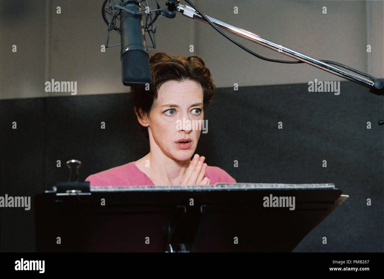 BTS: JOAN CUSACK  'Chicken Little' (2005) - Stock Image