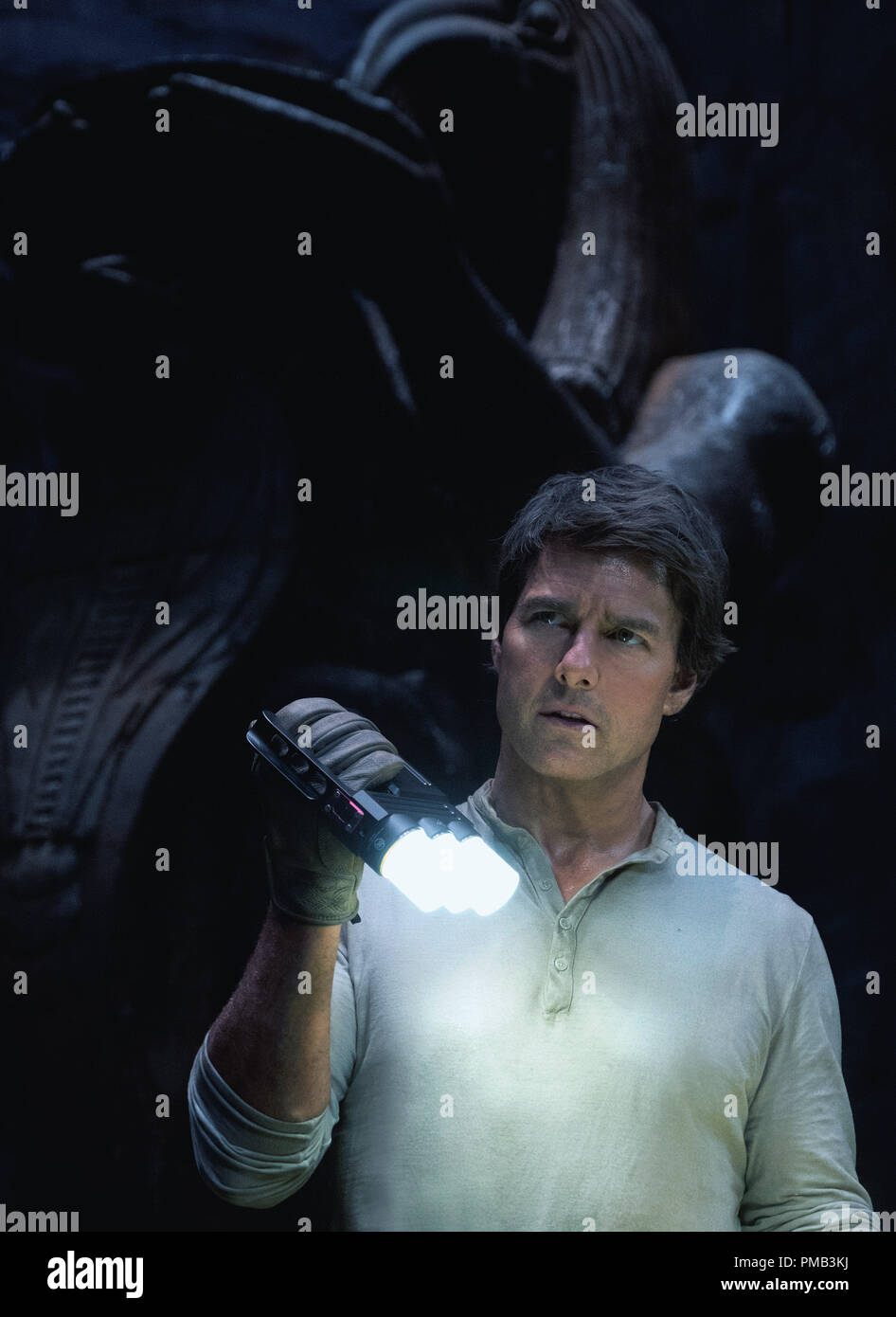 TOM CRUISE headlines a spectacular, all-new cinematic version of the legend that has fascinated cultures all over the world since the dawn of civilization: 'The Mummy' (2017) Universal - Stock Image